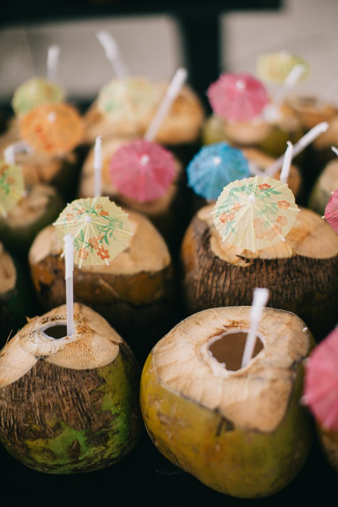 coconuts-delicious-drinks-1879385